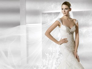 La Sposa Susana Wedding Dress
