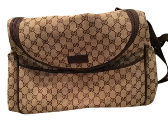 Preload https://item4.tradesy.com/images/gucci-signature-beige-and-brown-canvas-diaper-bag-9979018-0-1.jpg?width=440&height=440