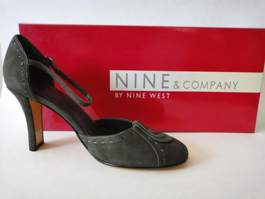 Nine & Co. Suede Leather Dark Green Pumps