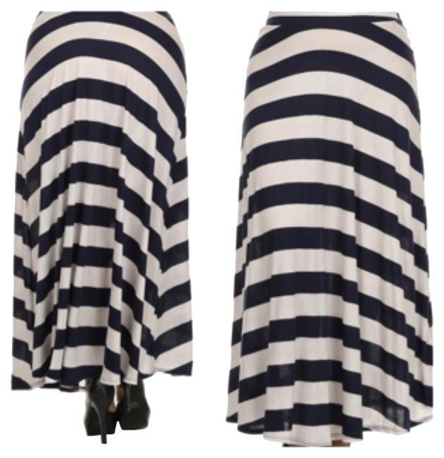 Preload https://item3.tradesy.com/images/black-and-white-maxi-skirt-size-24-plus-2x-9979657-0-1.jpg?width=400&height=650