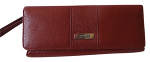 Kenneth Cole Wristlet in Burgundy