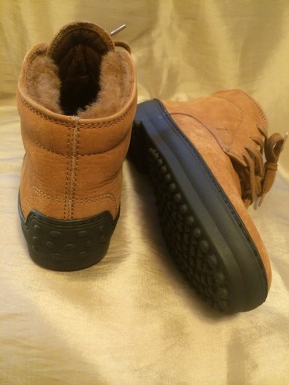 Tod's Tan Boots