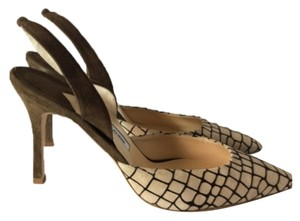Manolo Blahnik Cream/Brown Pumps