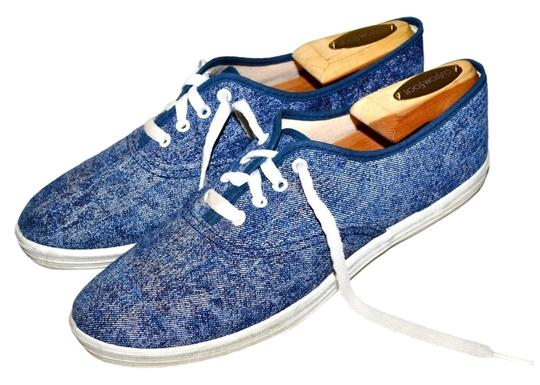 Preload https://item4.tradesy.com/images/blue-80s-acid-washed-denim-canvas-low-profile-sneakers-sneakers-size-us-7-998593-0-0.jpg?width=440&height=440