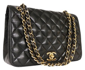 a23511ef62e1 Chanel Vintage Bags on Sale - Up to 70% off at Tradesy