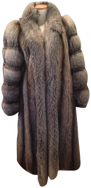 Item - Silver Fox And Raccoon Full Length Fur Coat Size 8 (M)