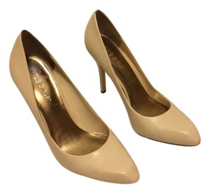 BCBGeneration Cream Pumps