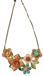 Rue 21 Whimsical Flower Necklace