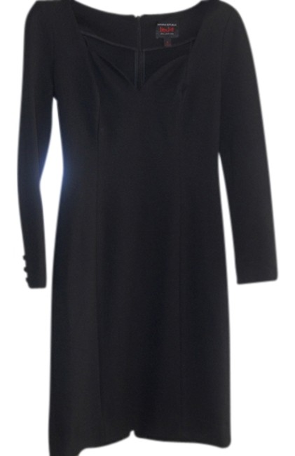 Item - Black Bodycon with Sweetheart Neckline Knee Length Night Out Dress Size 6 (S)