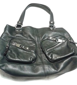 B. Makowsky Leather Chic Luxury Tote in black