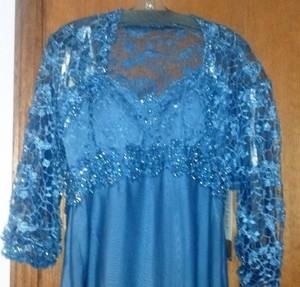 Montage Wedgewood Blue Chiffon 212945 Formal Bridesmaid/Mob Dress Size 14 (L)