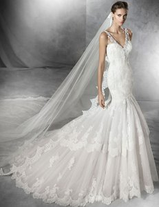 Pronovias Phoebe Wedding Dress
