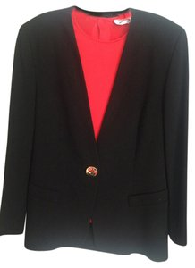 Genny EVENING SUIT WITH JEWELRY BUTTONS