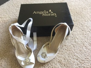 Angela Nuran White Dyeables Formal Size US 5.5