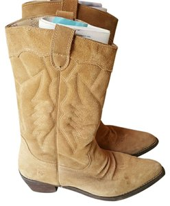 Roxy Tan Suede Boots