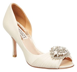 Badgley Mischka Pearson Satin Vanilla Pumps