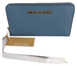 Michael Kors Michael Michael Kors Large Jet Set Saffiano Leather Phone Wristlet.