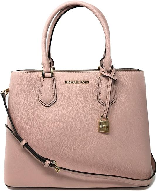 Item - Messenger Adele Pebbled Leather Medium One Size Shoulder Bag