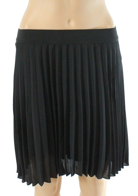 Item - Women's Classic Black Size Medium M Accordian Pleated Skirt
