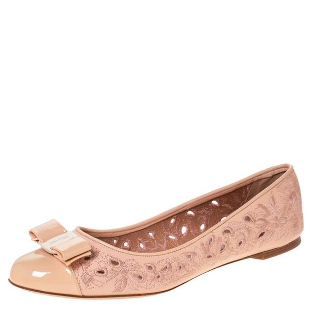Item - Beige Laser Cut Embroidered Leather Varina Bow Cap Toe Ballet Size 40.5 Flats
