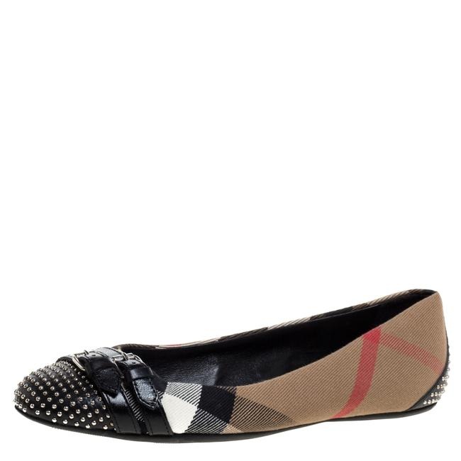 Item - Beige Nova Check Canvas and Black Studded Leather Buckle Detail Ballet Size 36 Flats