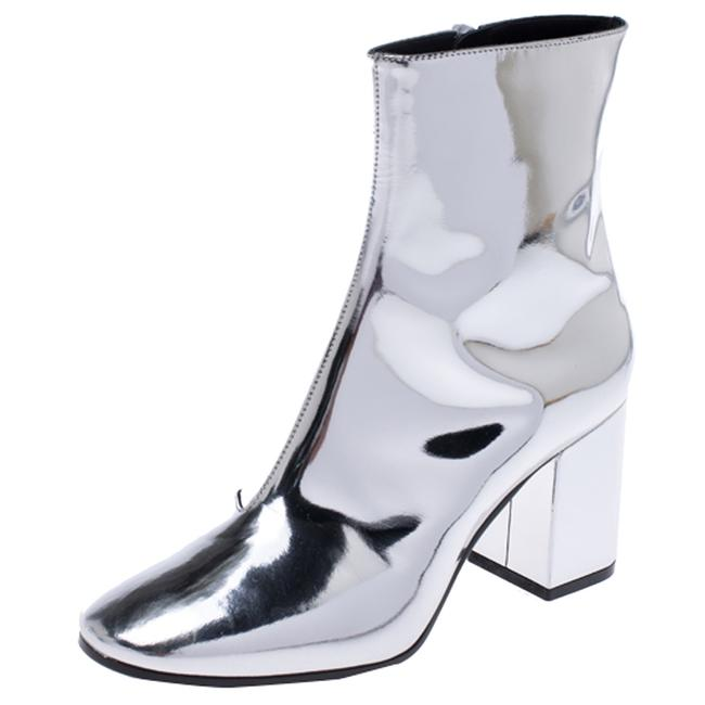 Item - Metallic Silver Leather Ankle Size 36 Boots/Booties