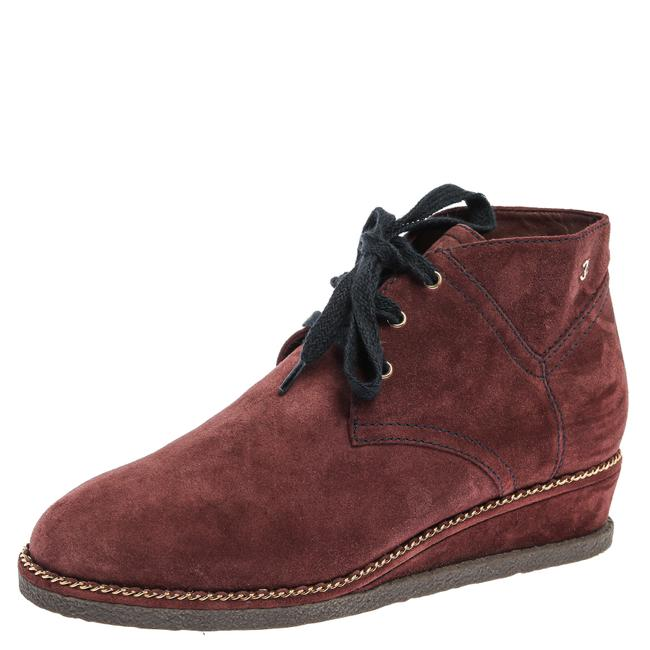 Item - Burgundy Suede Chain Around Wedge Ankle Size 39 Boots/Booties