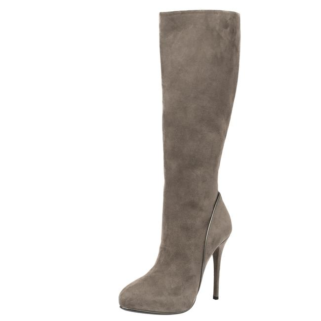 Item - Grey Suede Heel High Size 38.5 Boots/Booties