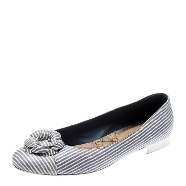 Item - Lilac and White Striped Camellia Ballet Size 39.5 Flats