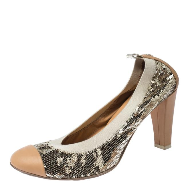 Item - Metallic Gold Sequin and Beige Leather Embellished Cap Size 41 Pumps
