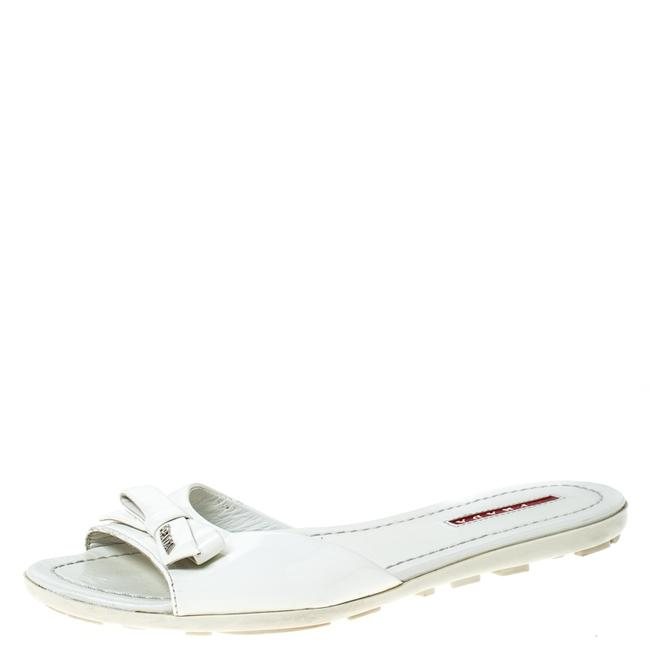 Item - White Patent Leather Bow Size 36 Flats