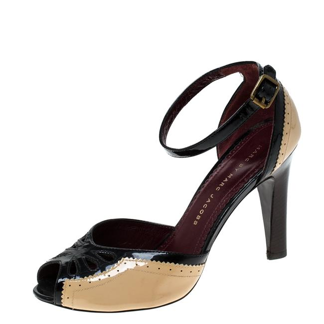 Item - Black/Beige Patent Leather Ankle Strap Size 36 Sandals