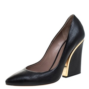 Chloé Black Textured Leather Beckie Size 39 Pumps