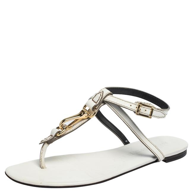 Item - White Leather Horse Clip Thong Flat Size 39 Sandals