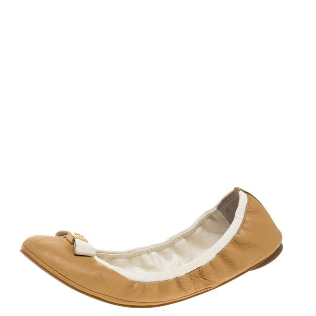 Item - Beige/White Leather Bow Scrunch Ballet Size 39 Flats