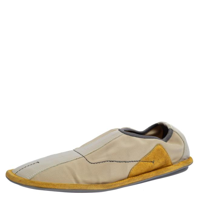 Item - Grey/Yellow Mesh and Leather Slip On Sneakers Size 39 Athletic