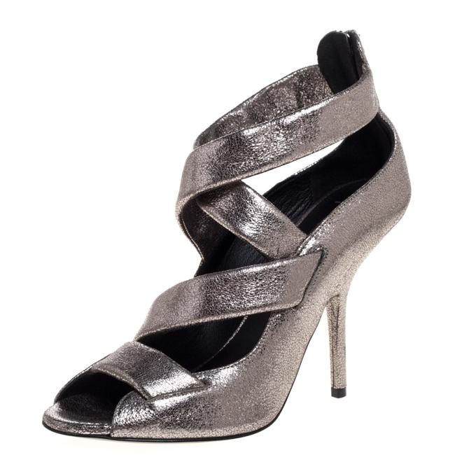 Item - Metallic Silver Leather Criss Size 40 Sandals