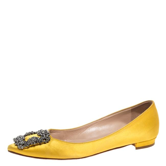 Item - Yellow Satin Hangisi Crystal Embellished Size 34 Flats