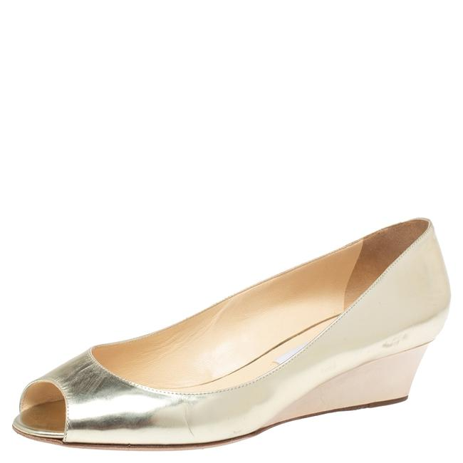 Item - Gold Patent Leather Baxen Wedge Peep Size 40 Pumps