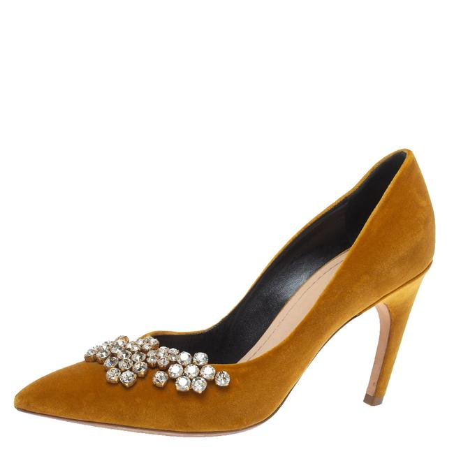 Item - Mustard Yellow Suede Embellished Pointed Size 40 Pumps