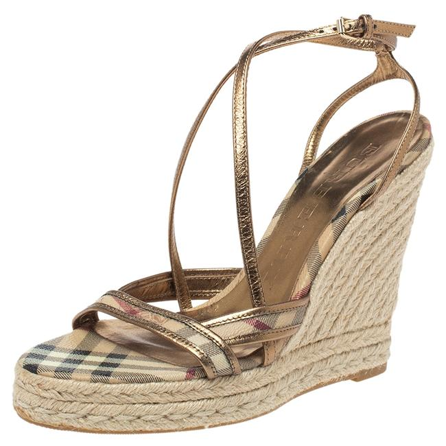 Item - Gold/Beige House Check Pvc and Patent Leather Criss Cross Espadrille Size 40.5 Sandals