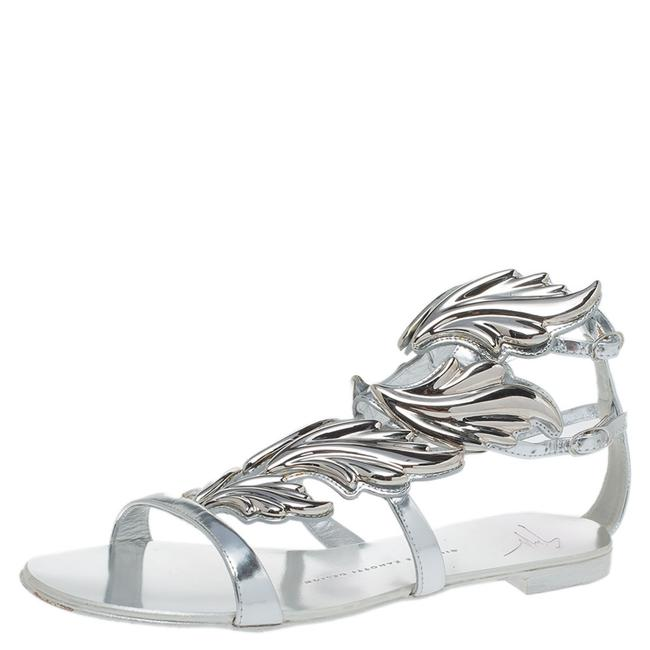 Item - Metallic Silver Leather Cruel Summer Flat Size 38 Sandals
