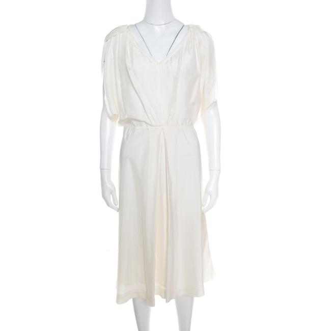 Item - Cream Silk V-neck Cut Out Sleeve Detail Inverted Pleat