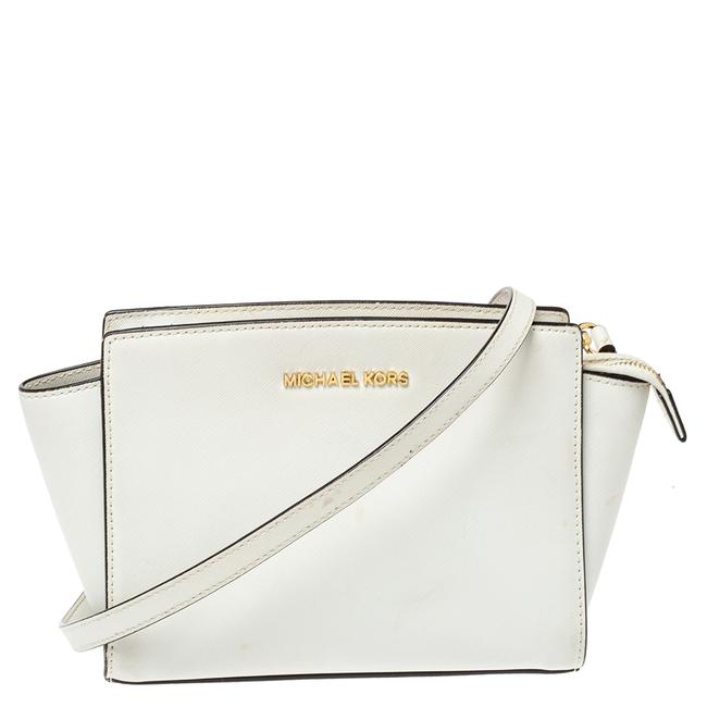Item - Crossbody White Leather Small Selma Shoulder Bag