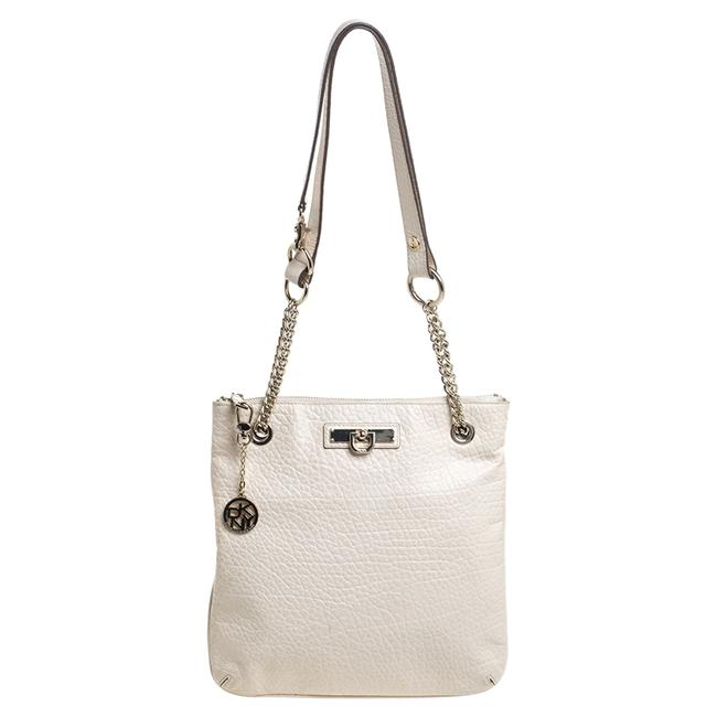 Item - Ivory Textured Leather Top Zip Chain Tote