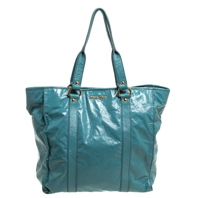 Item - Open Light Blue Patent Leather Tote