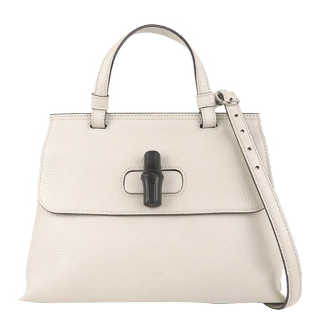 Item - White Pebbled Leather Bamboo Daily Bag Wristlet