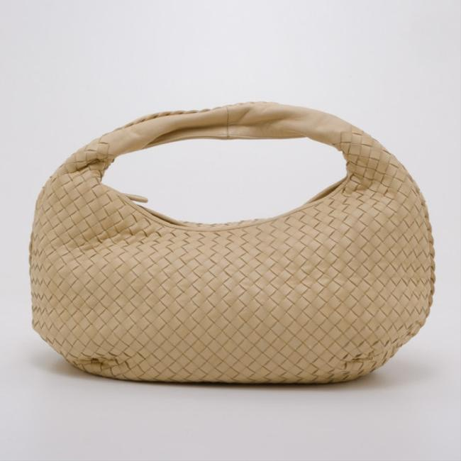 Item - Cream Intrecciato Leather Medium Belly Hobo Bag