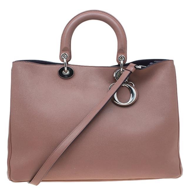 Item - Light Brown Leather Large issimo Shopper Tote