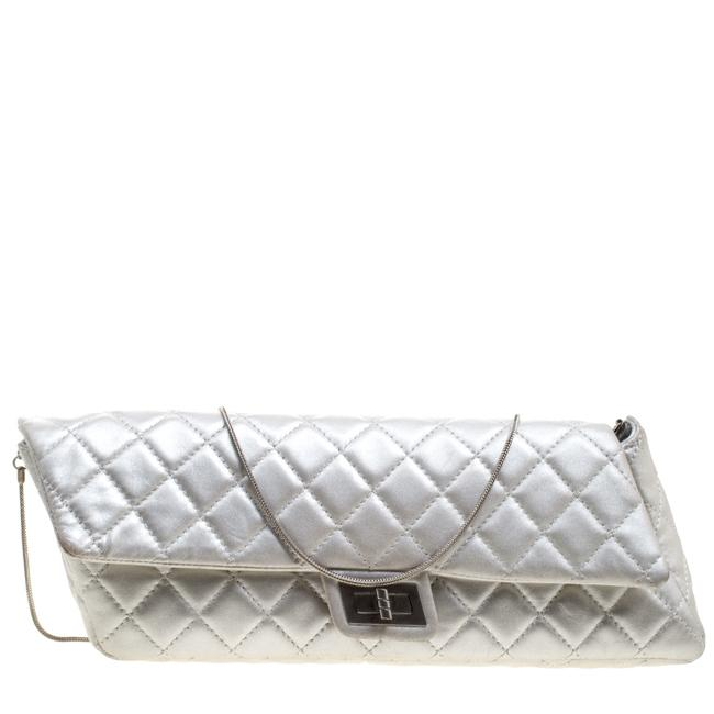 Item - 2.55 Reissue Silver Quilted Leather Chain Clutch